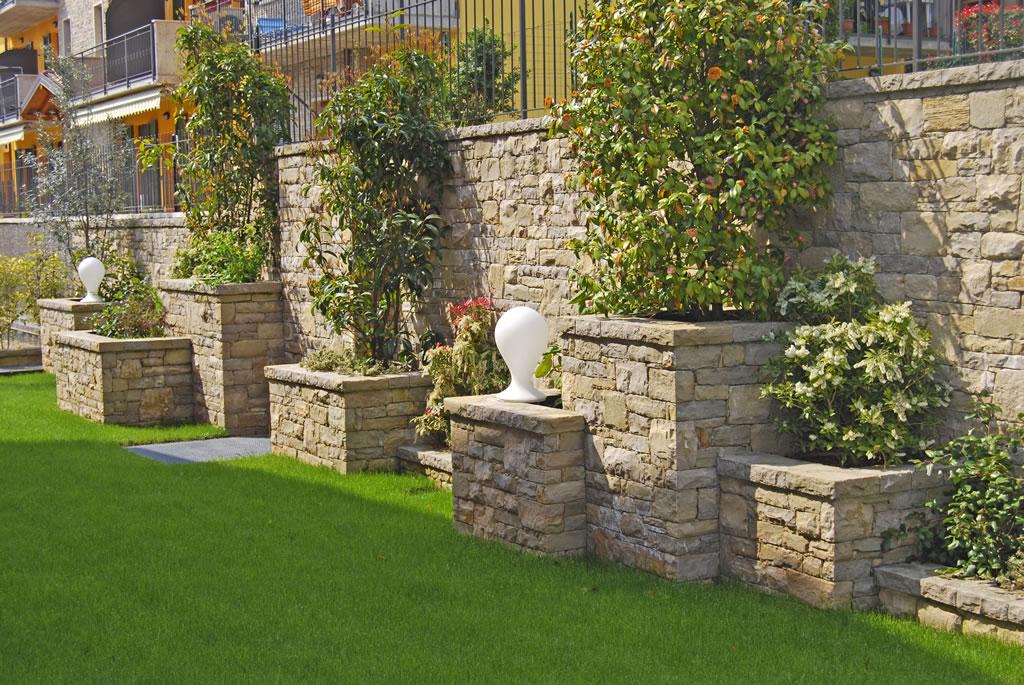 Decorazione giardino olgiate comasco e gallarate tagoo giardino e casa - Decorazioni per giardini ...